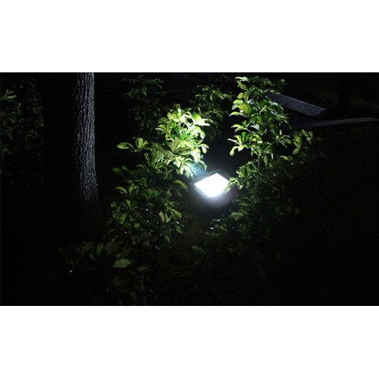 FL05 Solar 108 LED Flood Light