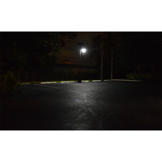 SL15 Solar 10W-18W LED Area Light (With Column)